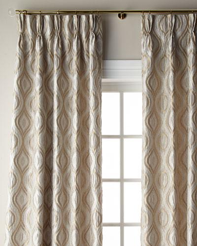 Everleigh Curtain, 108