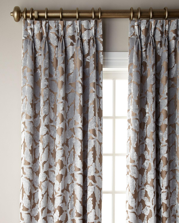 6009 Parker Maddock Curtain, 132L