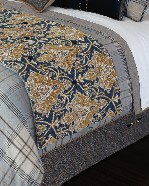 Arthur Queen Bed Scarf