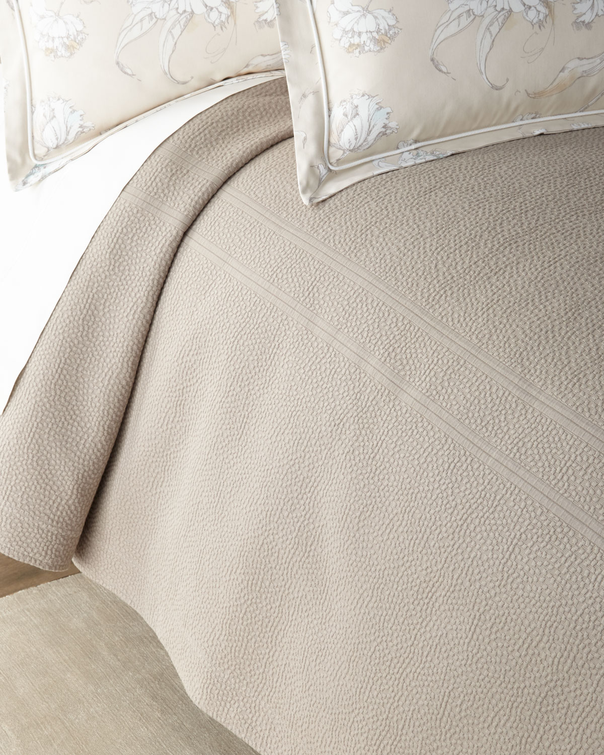 Peacock Alley FLORENCE QUEEN COVERLET