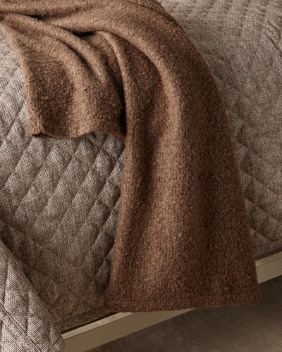 Boucle Throw, Taupe