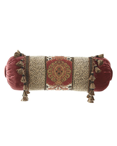 Maximus Neckroll Pillow