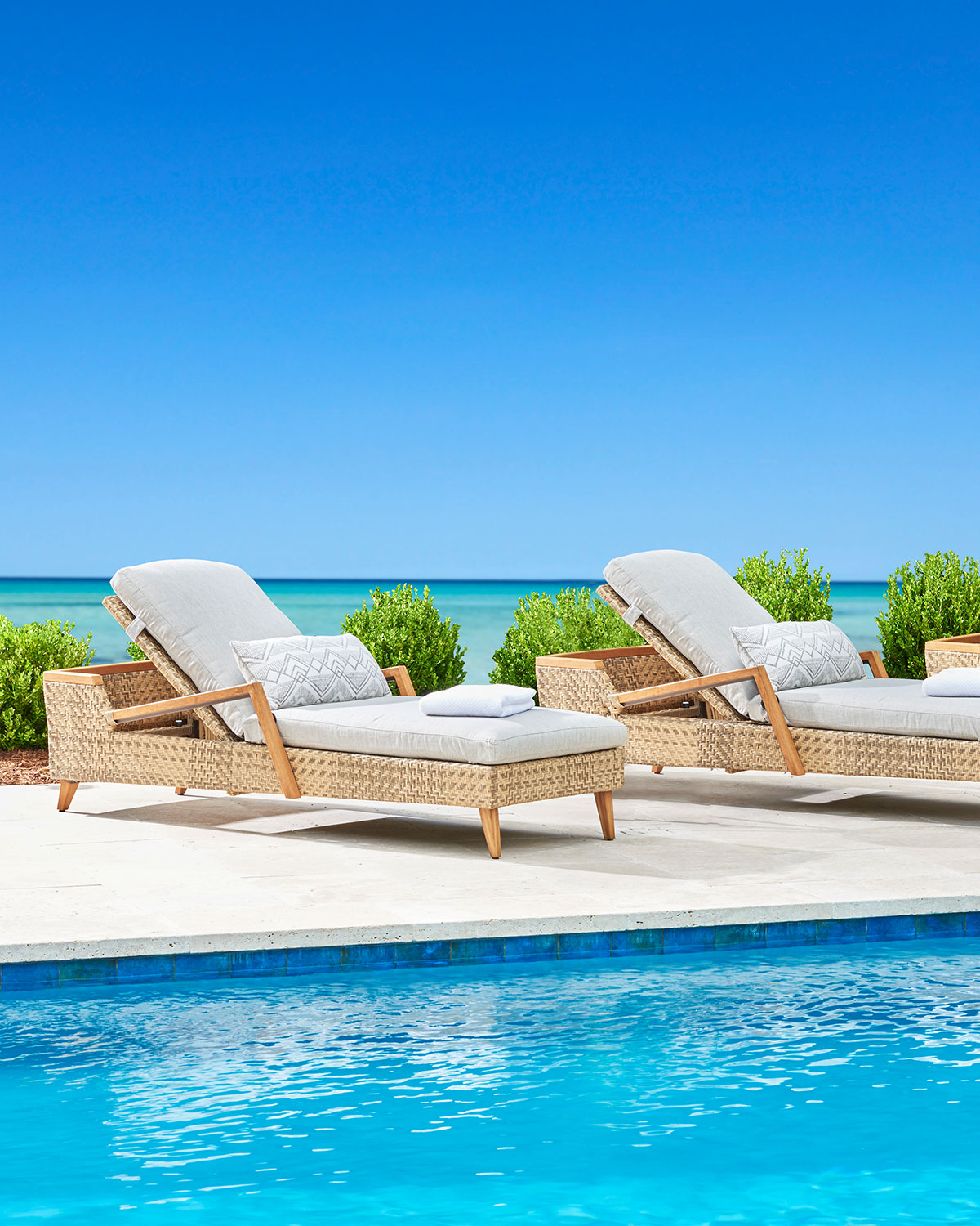 Cote d'Azure Adjustable Chaise