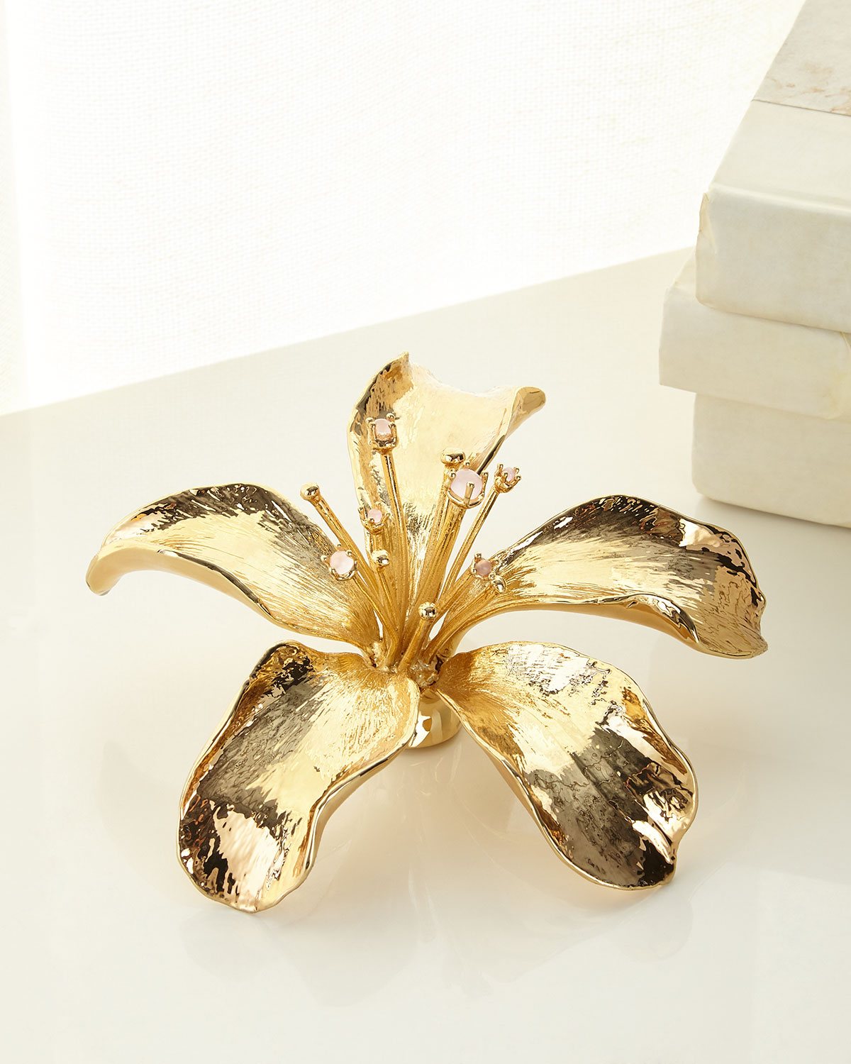 Aerin Clothing LILY FLOWER OBJET