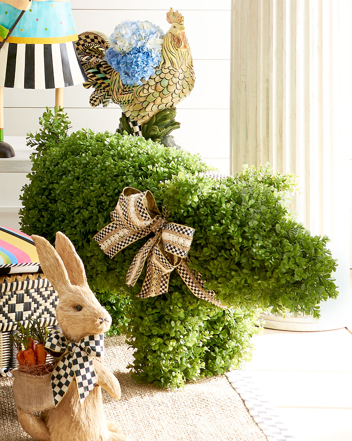 Outdoor Pig Topiary