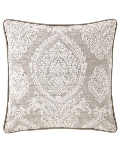 Novette Pillow, 20