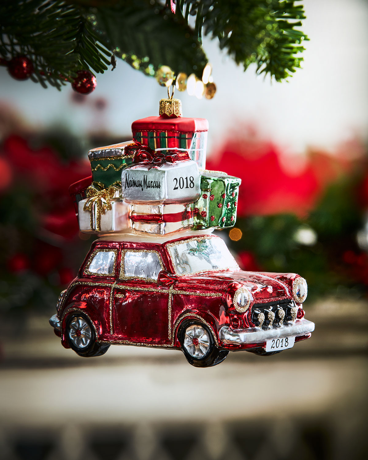 Car With Presents Christmas Ornament