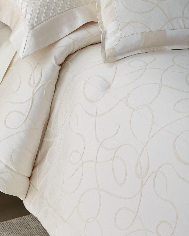 Leisure 3Piece King Comforter Set
