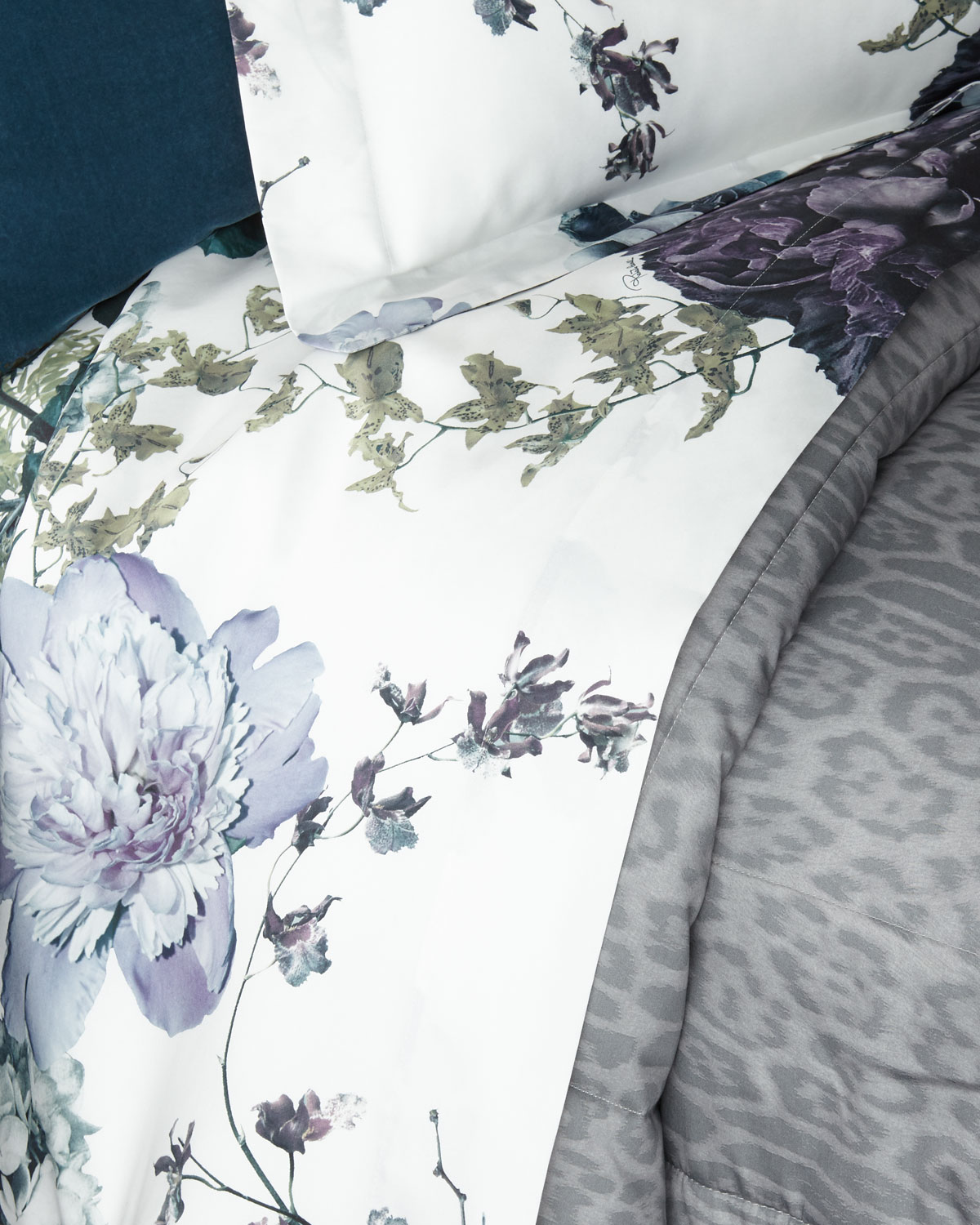 Roberto Cavalli Clothing FLORIS QUEEN FITTED SHEET