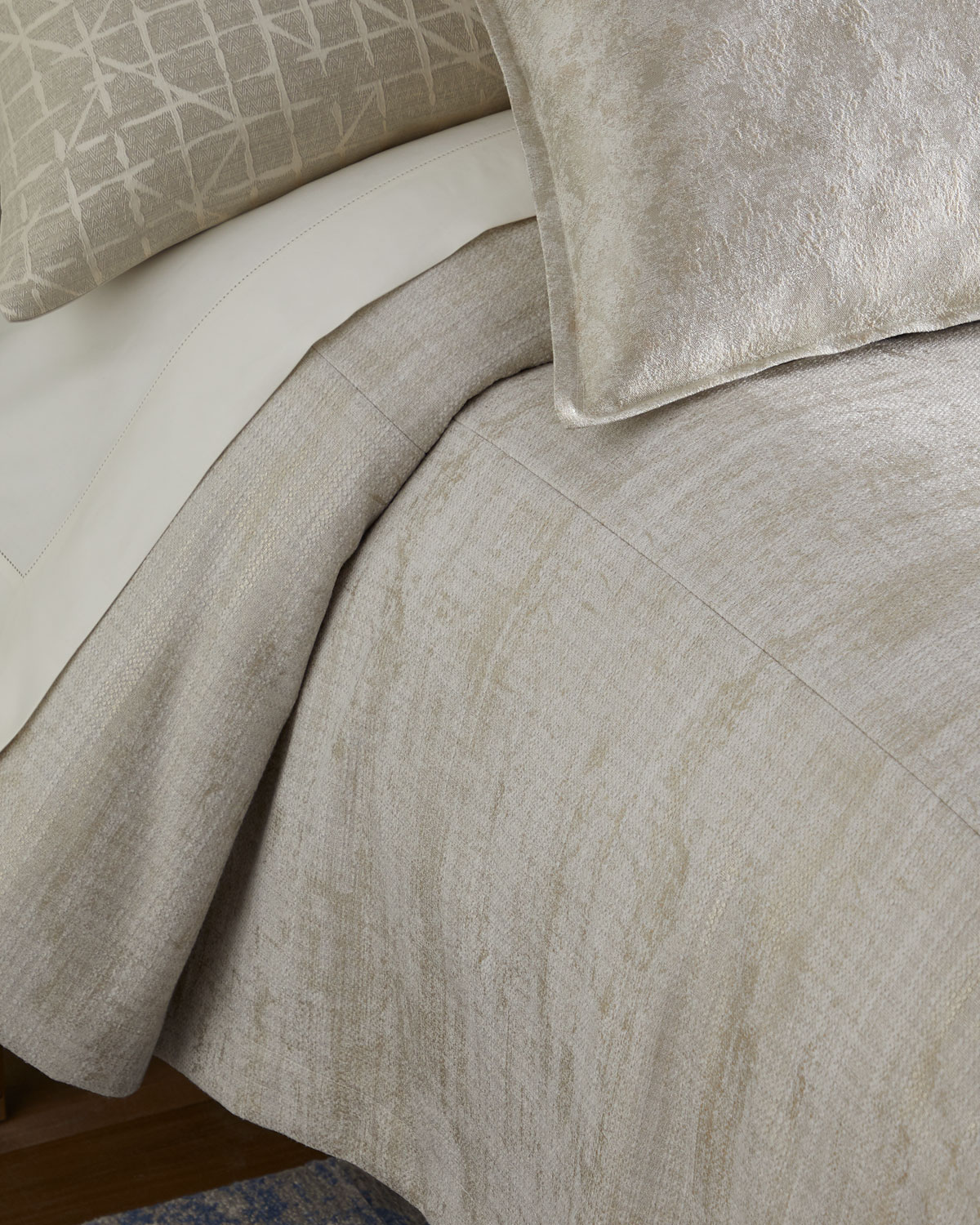 Fino Lino Linen & Lace Sheets INESSA QUEEN COVERLET