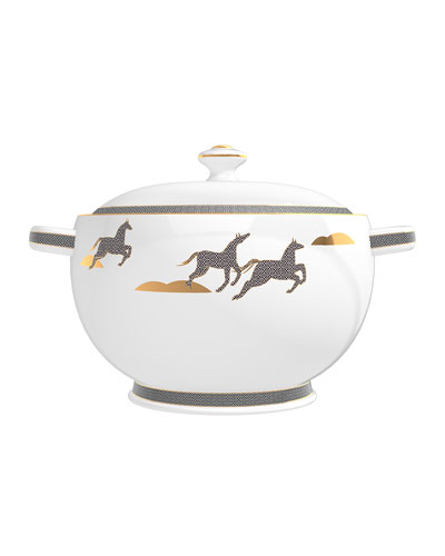 Mint from Irish Leather Soup Tureen Candle, 67 oz./ 1900 g