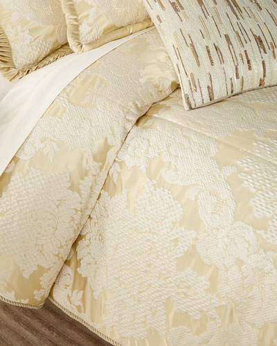 Elizabethan 3-Piece King Comforter Set