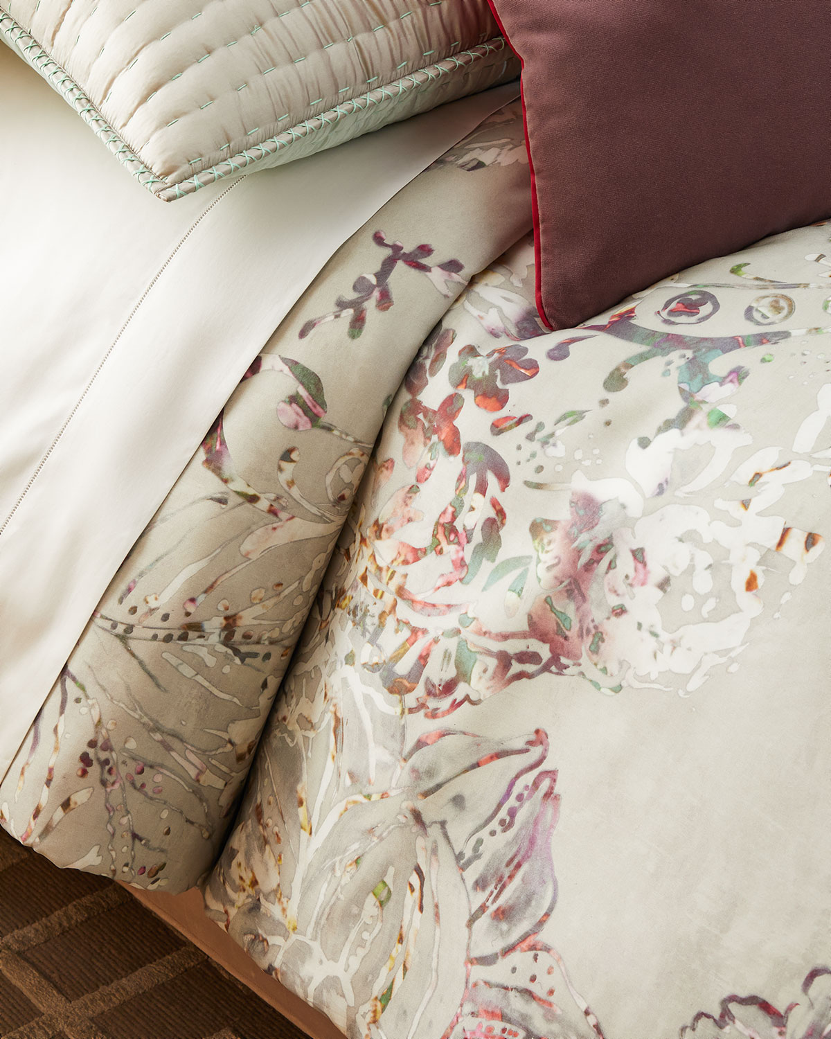 Osaria Dove Queen Duvet Cover