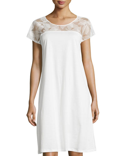 Yolanda Lace Cap-Sleeve Gown, White