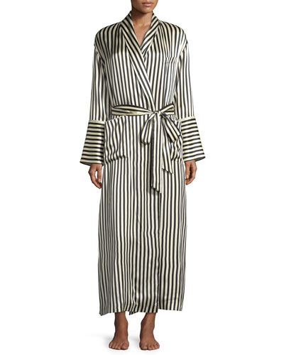 Capability Nika Silk Robe