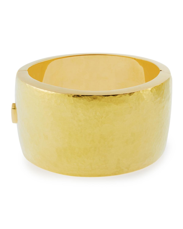VENDORAFA 18K Gold Wide Hammered Design Bracelet