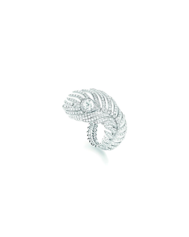 Plume de Paon 18k White Gold Diamond Ring