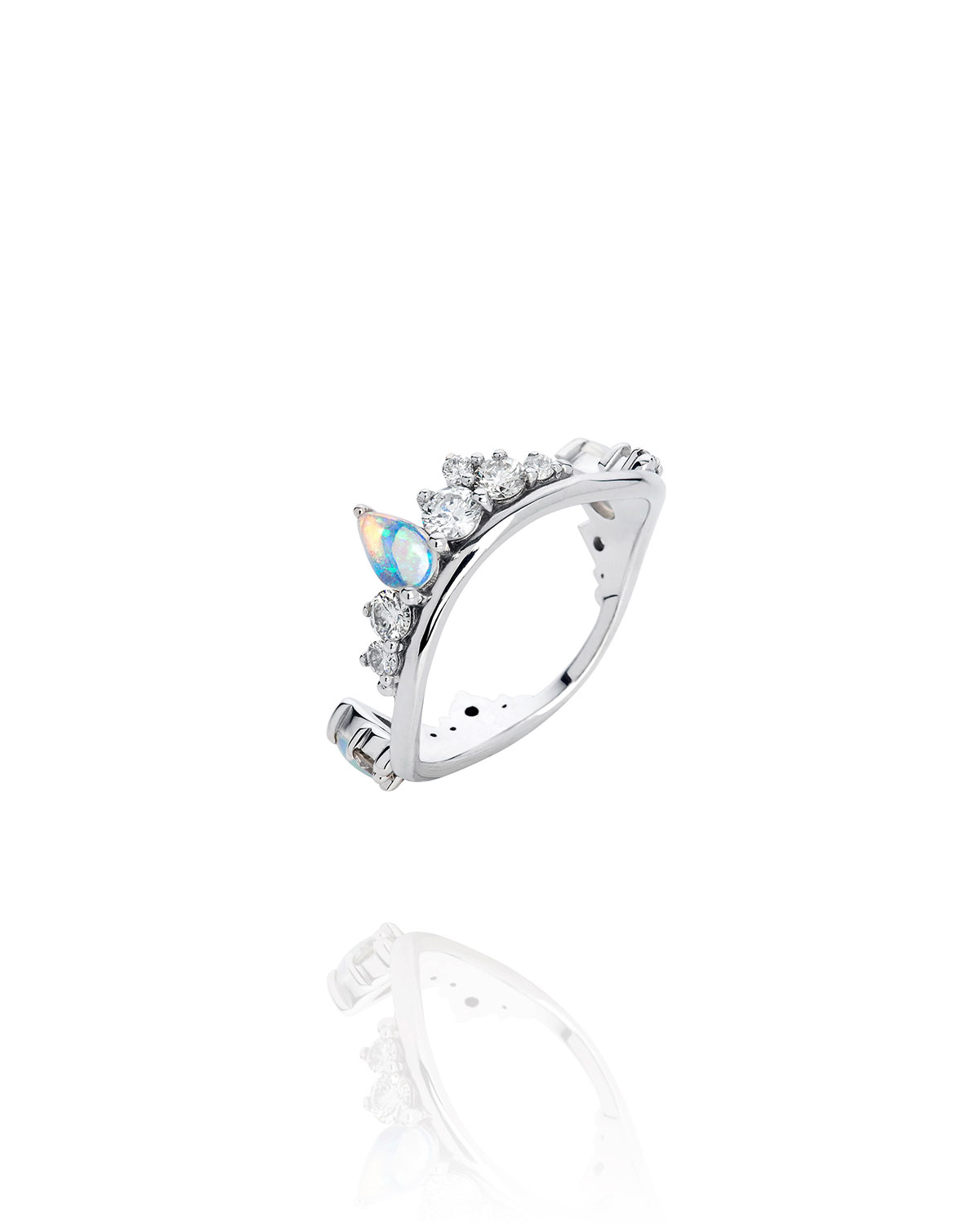 Electric Waves Ring in 18k White Gold