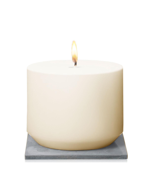 Aqua Universalis Candle, 13 oz./ 384 mL