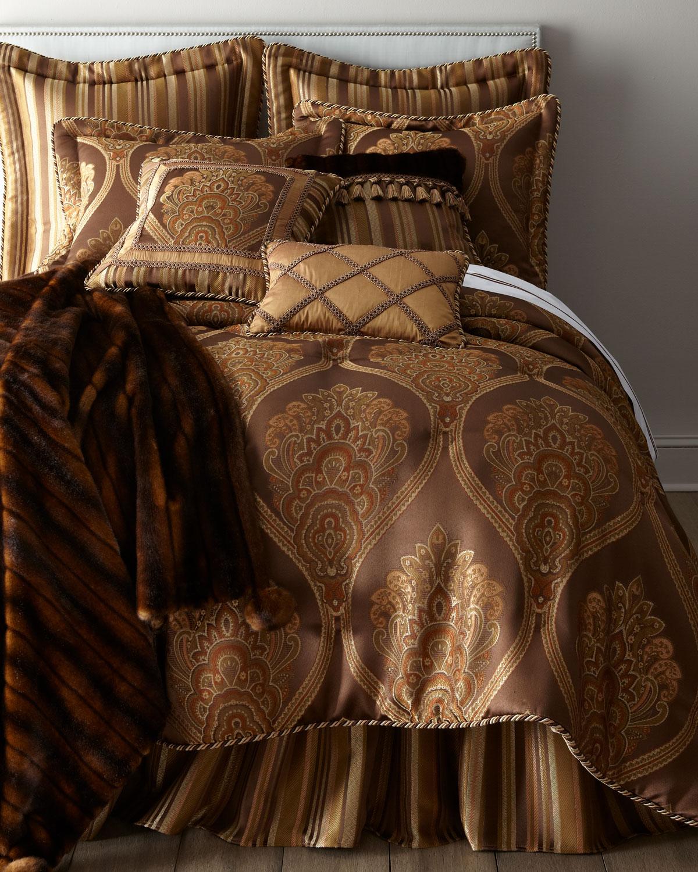 King Carlisle Comforter