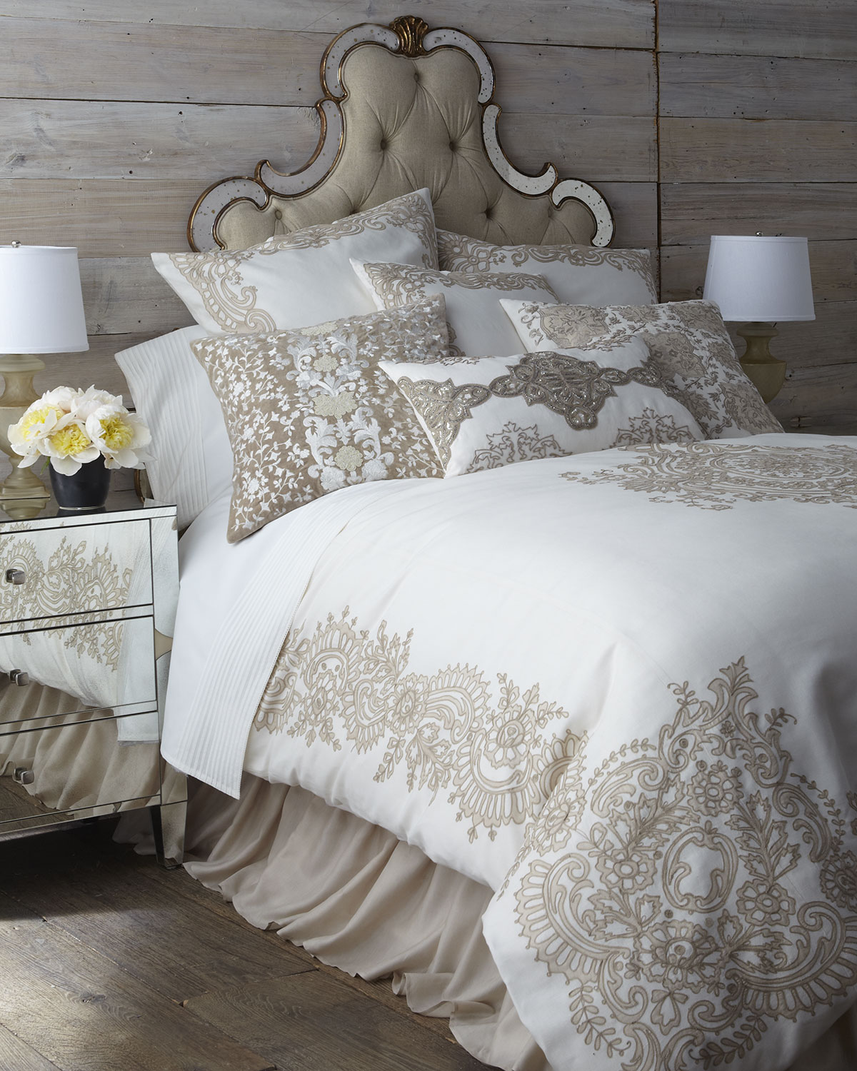 King Avalon Sham with Border Design