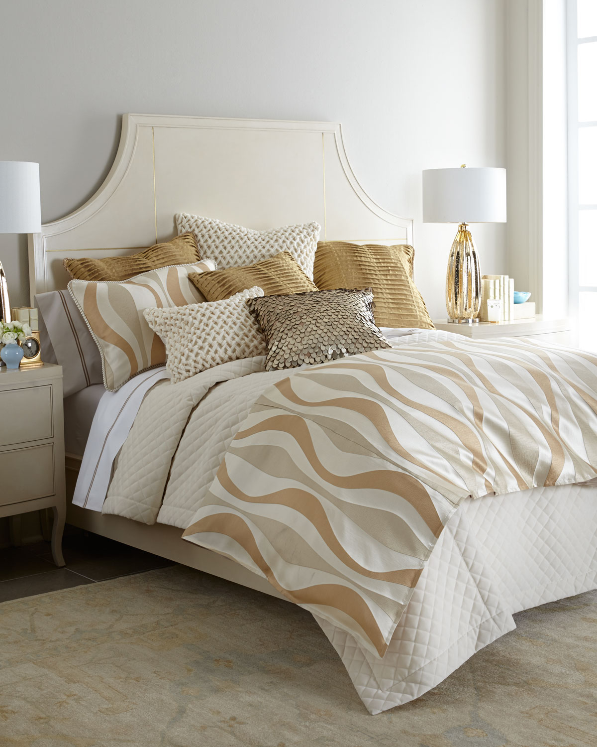 """Glamour Pillow with Pleats, 22""""Sq."""