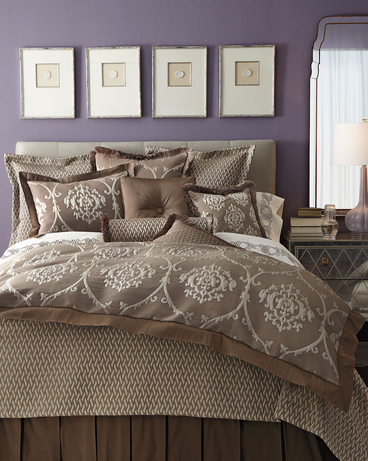 King Le Plaza Damask Duvet Cover