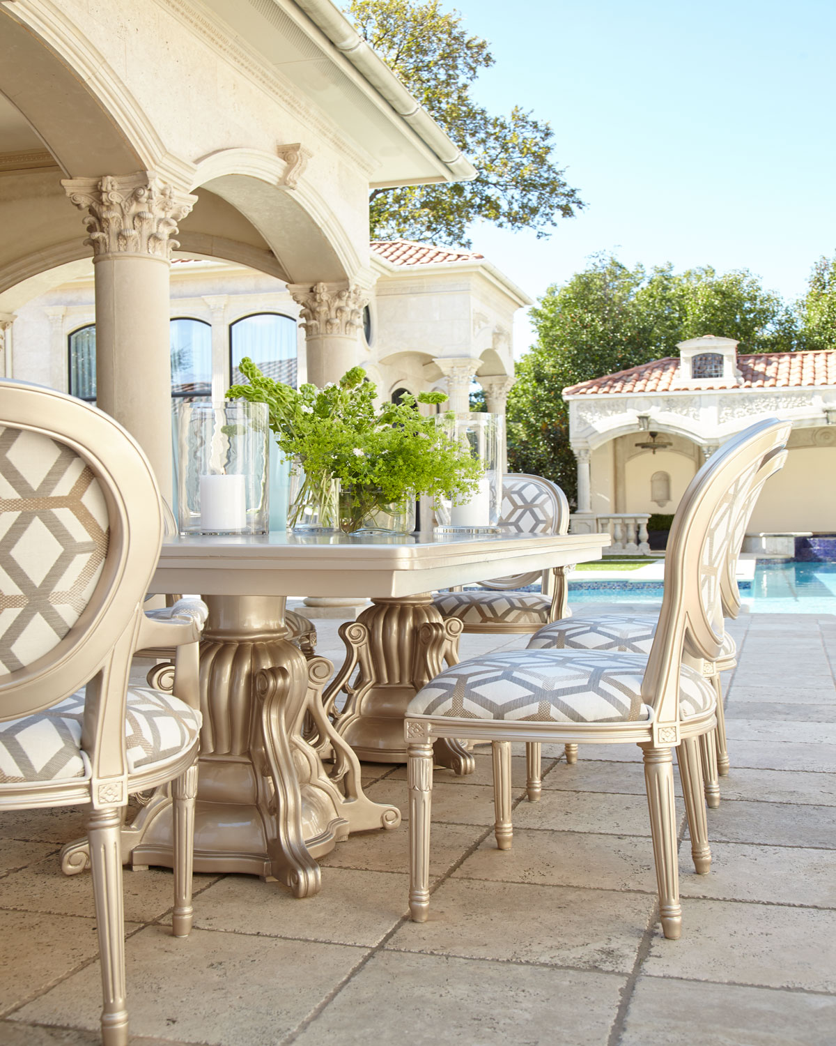 Outdoor Double-Pedestal Dining Table