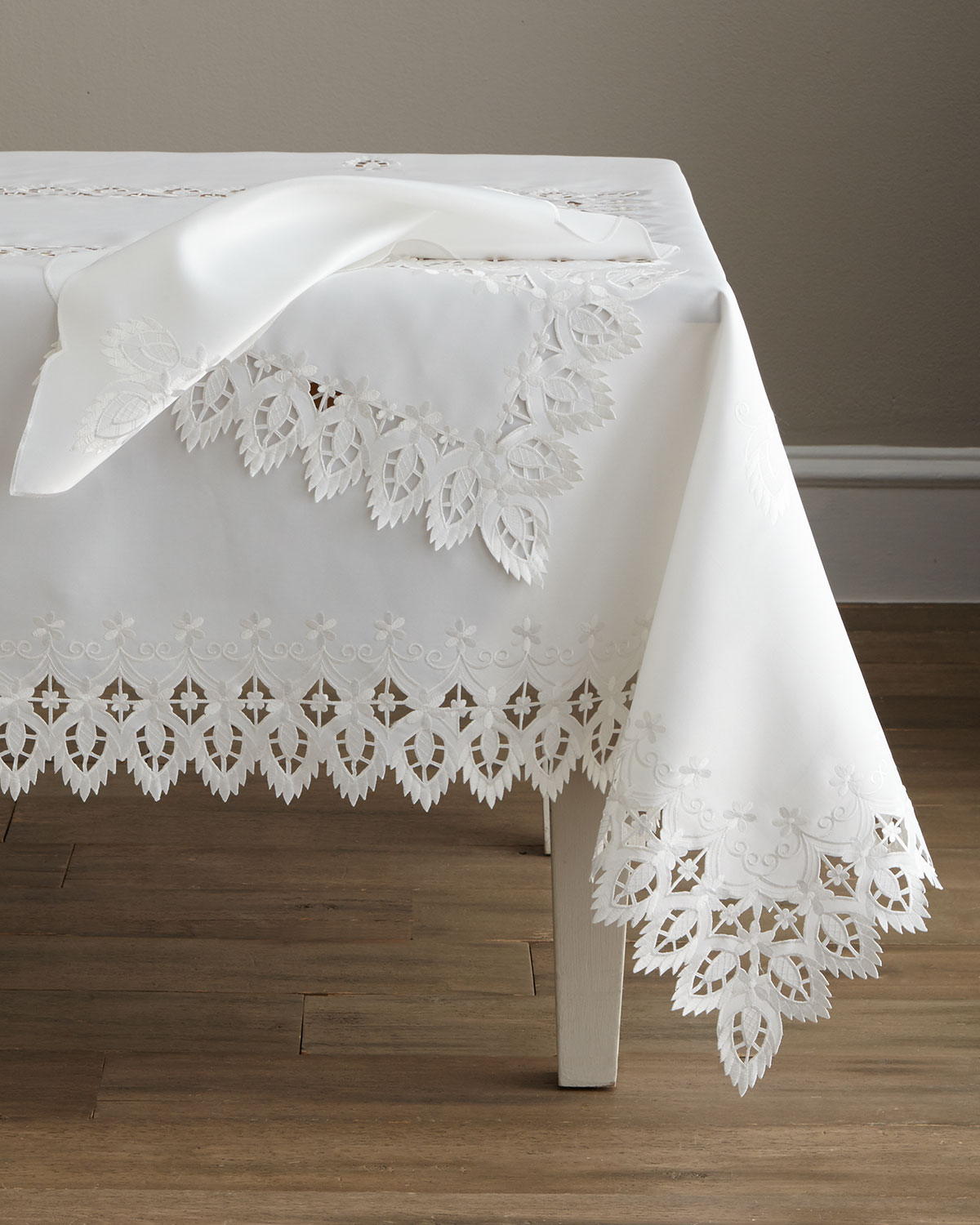 "Zella 72"" x 144"" Tablecloth & 12 Napkins"