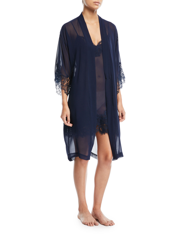 Soir de Venise Long-Sleeve Short Robe