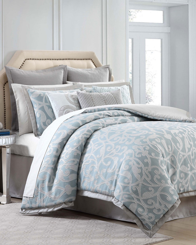 Legacy Queen Comforter Set