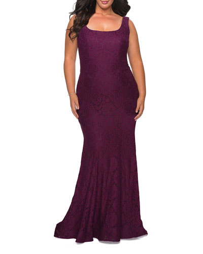 Plus Size Square-Neck V-Back Sleeveless Lace Gown