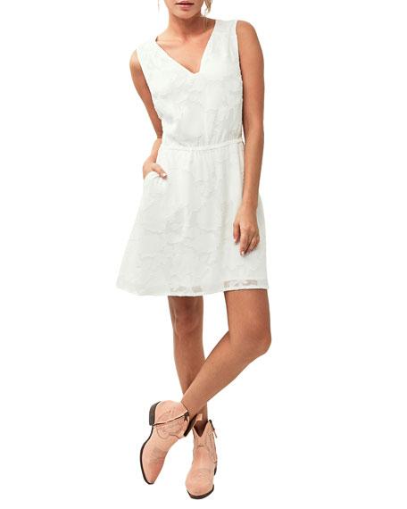 ASTARS Marquette Sleeveless Chiffon Dress