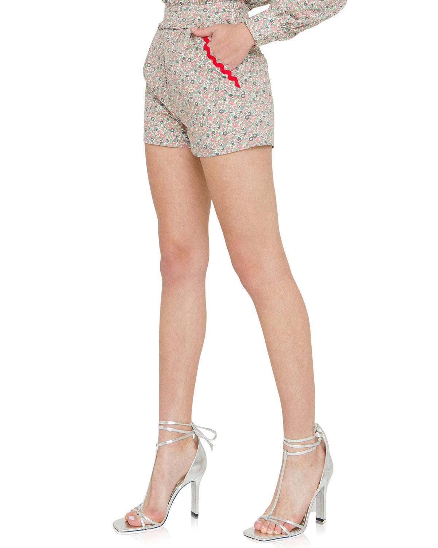 Floral-Print Shorts w/ Pockets