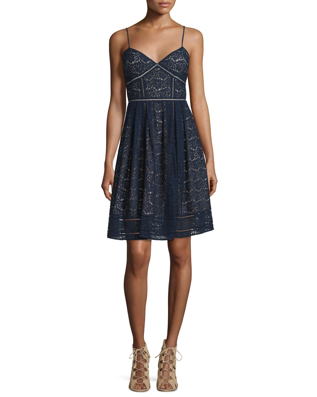 Solandra Sleeveless Lace Dress
