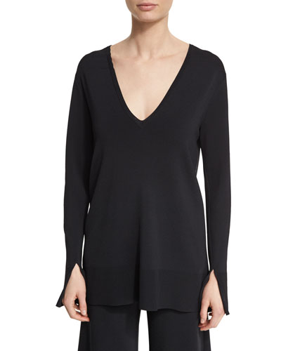Britona Lustrate Deep V-Neck Sweater, Black
