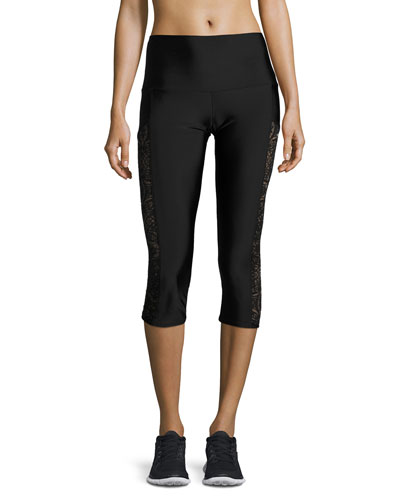 Stunner Lace-Trim Capri Leggings, Black