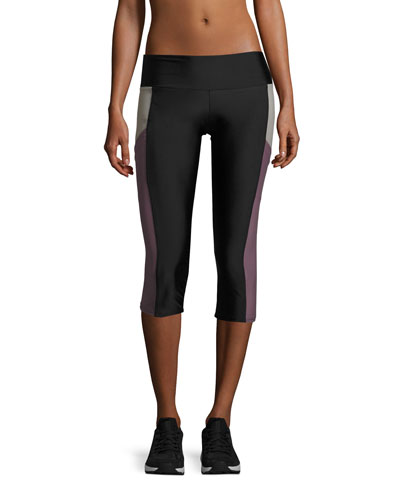 Pocket Capri Performance Leggings, Black/Purple