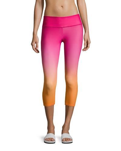 Graphic Capri Performance Leggings, Pink