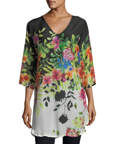 Plus Size Betty Floral-Print V-Neck Top