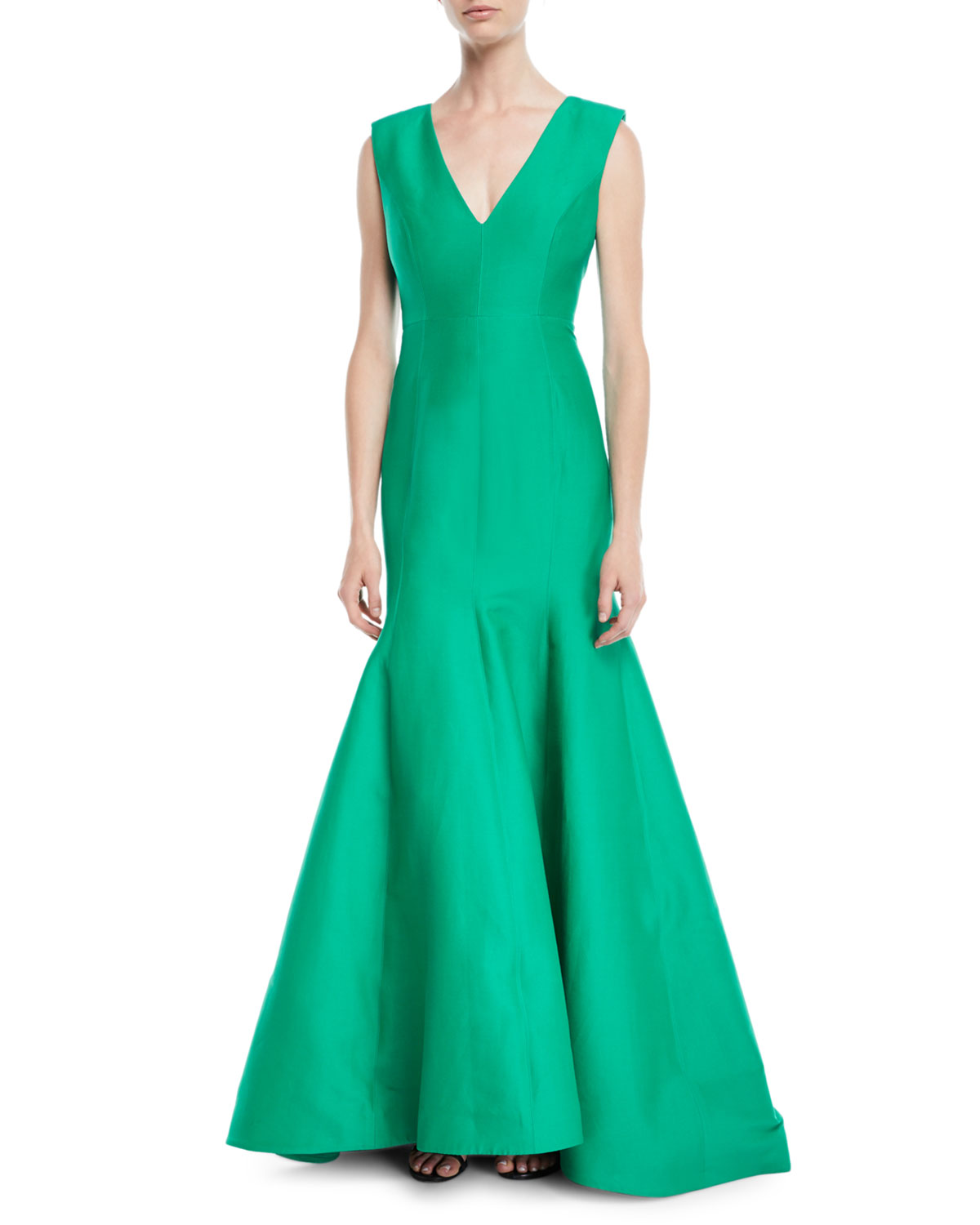 Sleeveless V-Neck Trumpet Gown