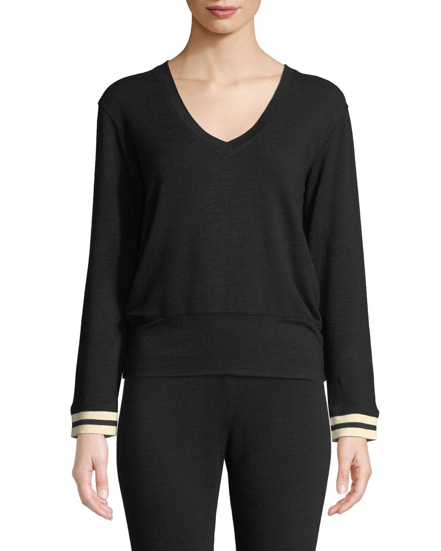 MONROW V-Neck Long-Sleeve Pullover Sweater in Black