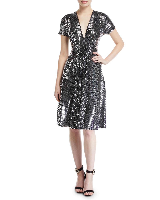 NK32 NAEEM KHAN V-Neck Flare Sequined Cocktail Dress in Black/Silver