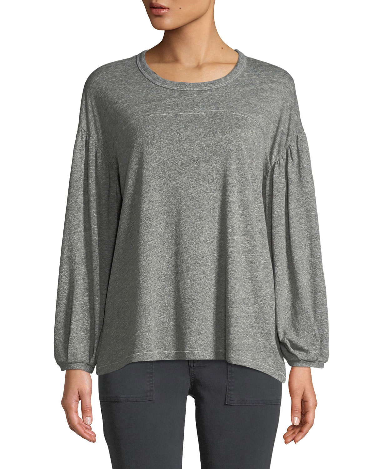 THE GREAT The Curve Blouson-Sleeve Crewneck Tee in Heather Gray