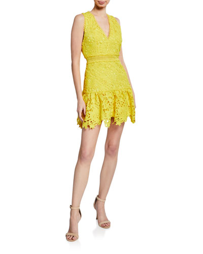 ffc9f56cf6 Quick Look. Alice + Olivia · Marleen Gathered Fit- -Flare Dress