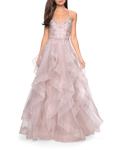 Sweetheart Sleeveless Lace Applique & Tiered Tulle Ball Gown