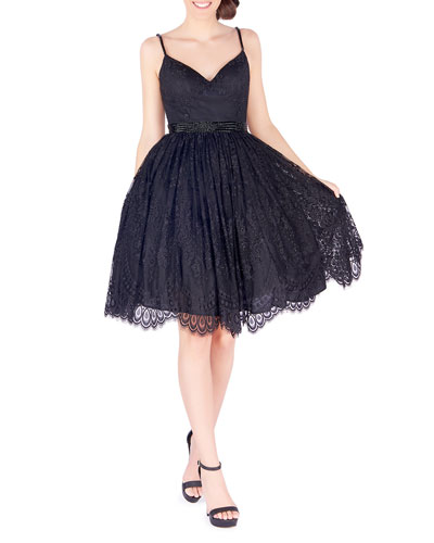 19eb661336f Sweetheart Neckline Lace Dress