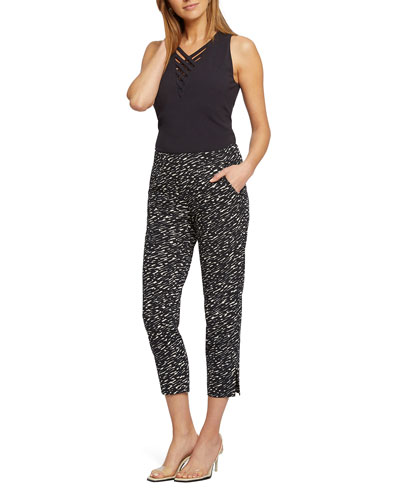 Scribble Pull-On Capri Pants