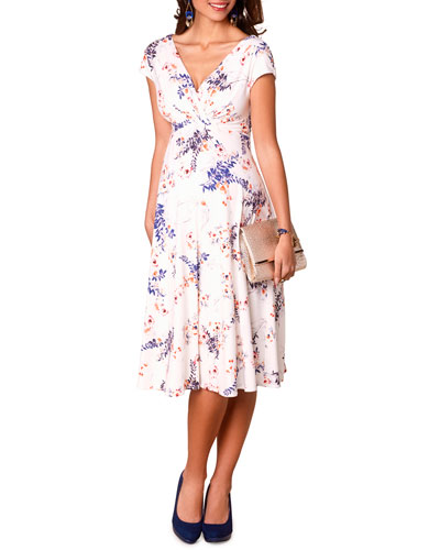 7e5f1de5bd42d Quick Look. Tiffany Rose · Maternity Alessandra Garden Floral Dress