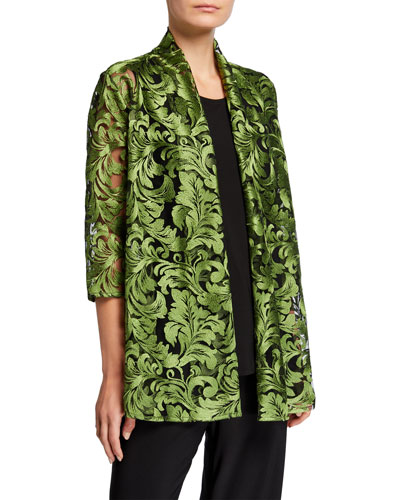 Plus Size Flourish Embroidery 3/4-Sleeve Cardigan